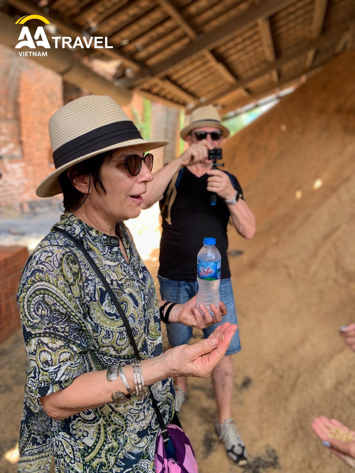 Mr. Yan Martinez and family visit Mekong river